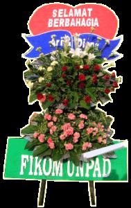 standing flower wedding 02