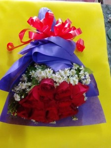roses wrapped 002