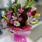 Roses Cassablanca in vas 10